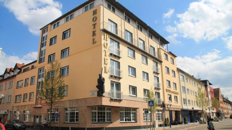 Außenansicht des TRIP INN Hotel Zum Riesen in Hanau