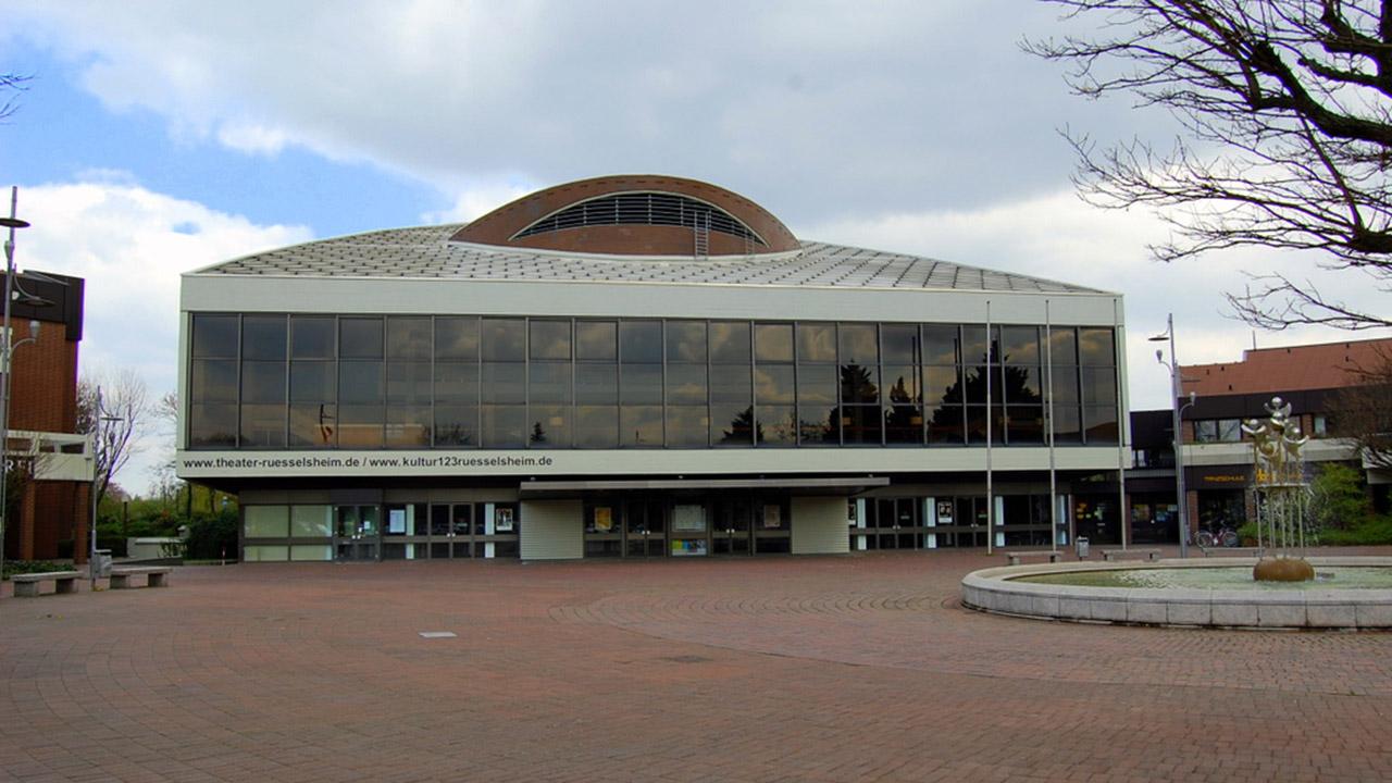 Stadttheater_Ruesselsheim1280px