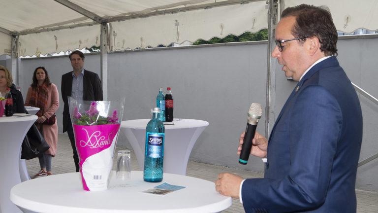 Oberbürgermeister Kufen begrüßt das TRIP INN Living & Suites in Essen